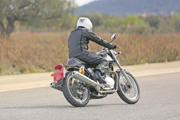 royal-enfield-750cc-twin-cylinder-motorcycle-rear-back-pictures-photos-images-snaps
