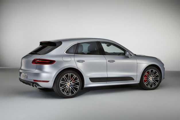 porsche-macan-turbo-performance-package-india-rear-back-pictures-photos-images-snaps