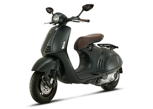 2016-vespa-946-emporio-armani-front-india-pictures-photos-images-snaps-001