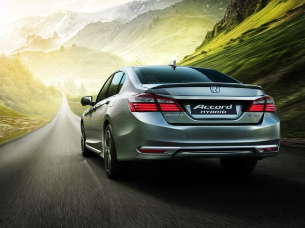all-new-honda-accord-hybrid-india-pictures-photos-images-snaps-rear