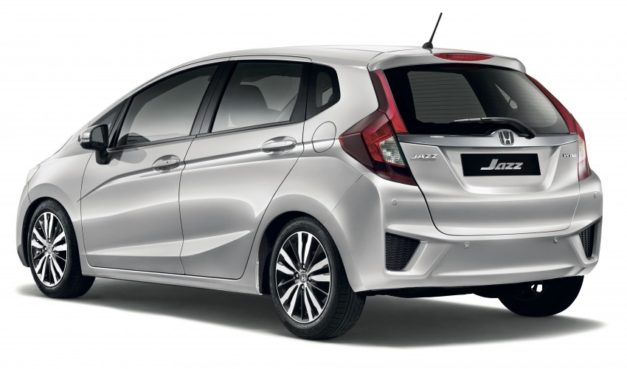 honda-jazz-dual-airbags-standard-rear-back