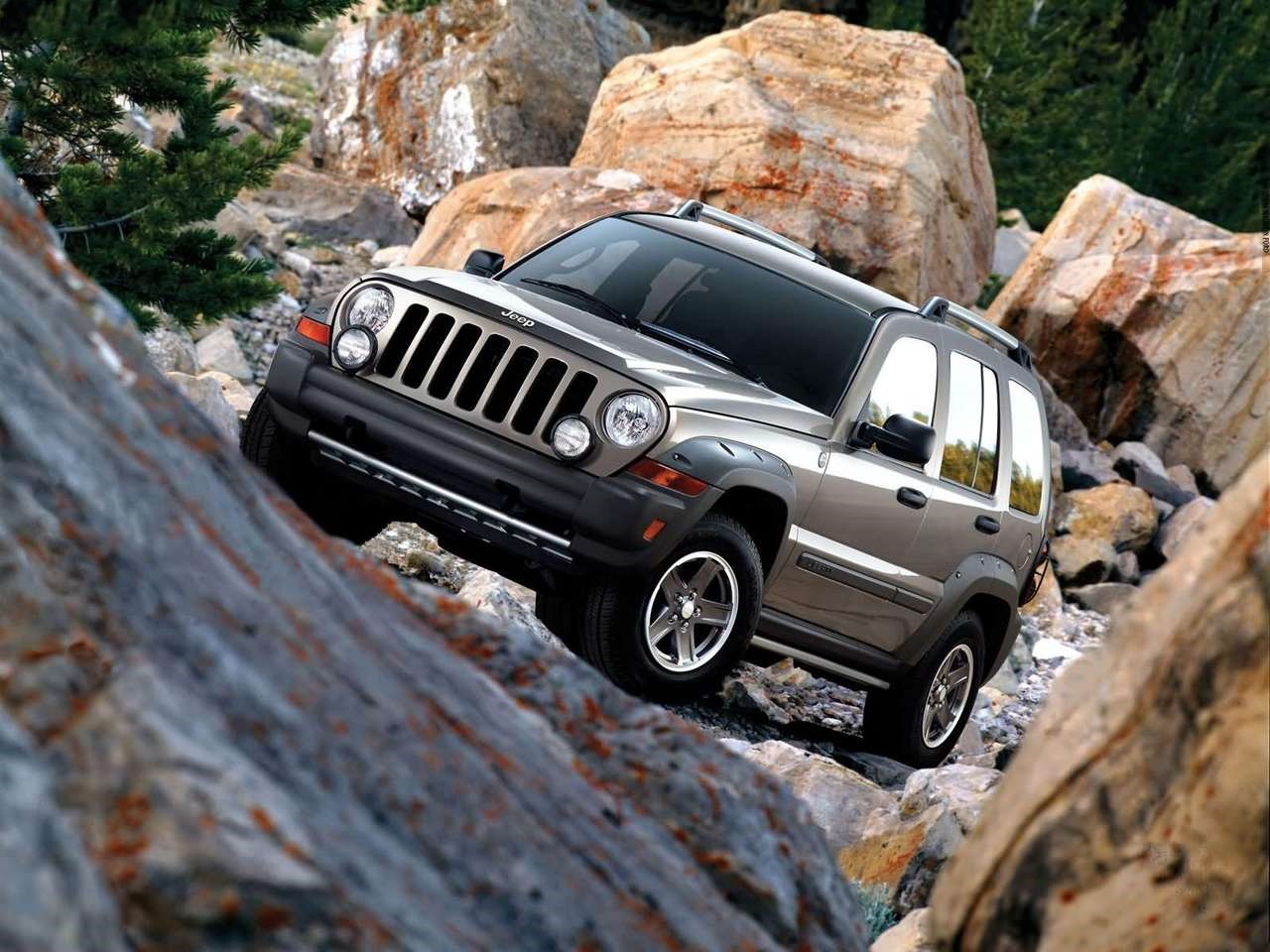 jeep compact suv in works target price under rs 10 lakh. Black Bedroom Furniture Sets. Home Design Ideas