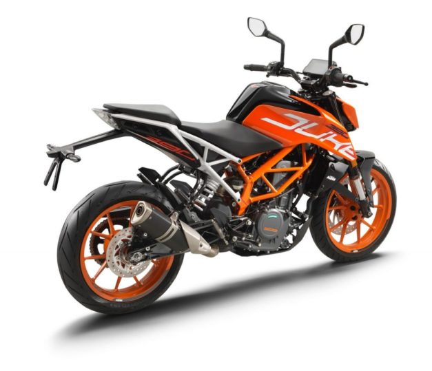 new-2017-ktm-duke-390-rear-back-pictures-photos-images-snaps