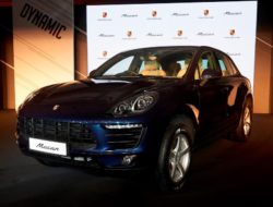 porsche-macan-r4-india-launched-details-pictures-price