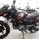 2017-bajaj-pulsar-150-bs-iii-paint-schemepictures-photos-images-snaps-video