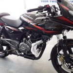 2017-bajaj-pulsar-220f-bs-iv-daul-tone-paint-shade-pictures-photos-images-snaps-video