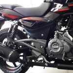 2017-bajaj-pulsar-220f-bs-iv-engine-pictures-photos-images-snaps-video