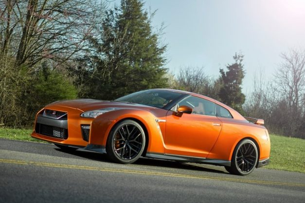 2017-nissan-gt-r-india-pictures-photos-images-snaps-front