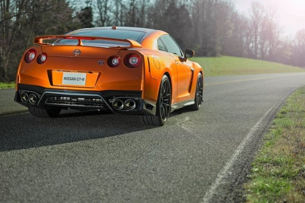 2017-nissan-gt-r-india-pictures-photos-images-snaps-rear-back