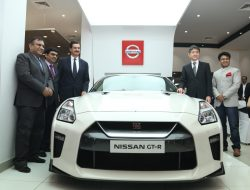 indias-first-nissan-high-performance-centre-nhpc-noida-delhi