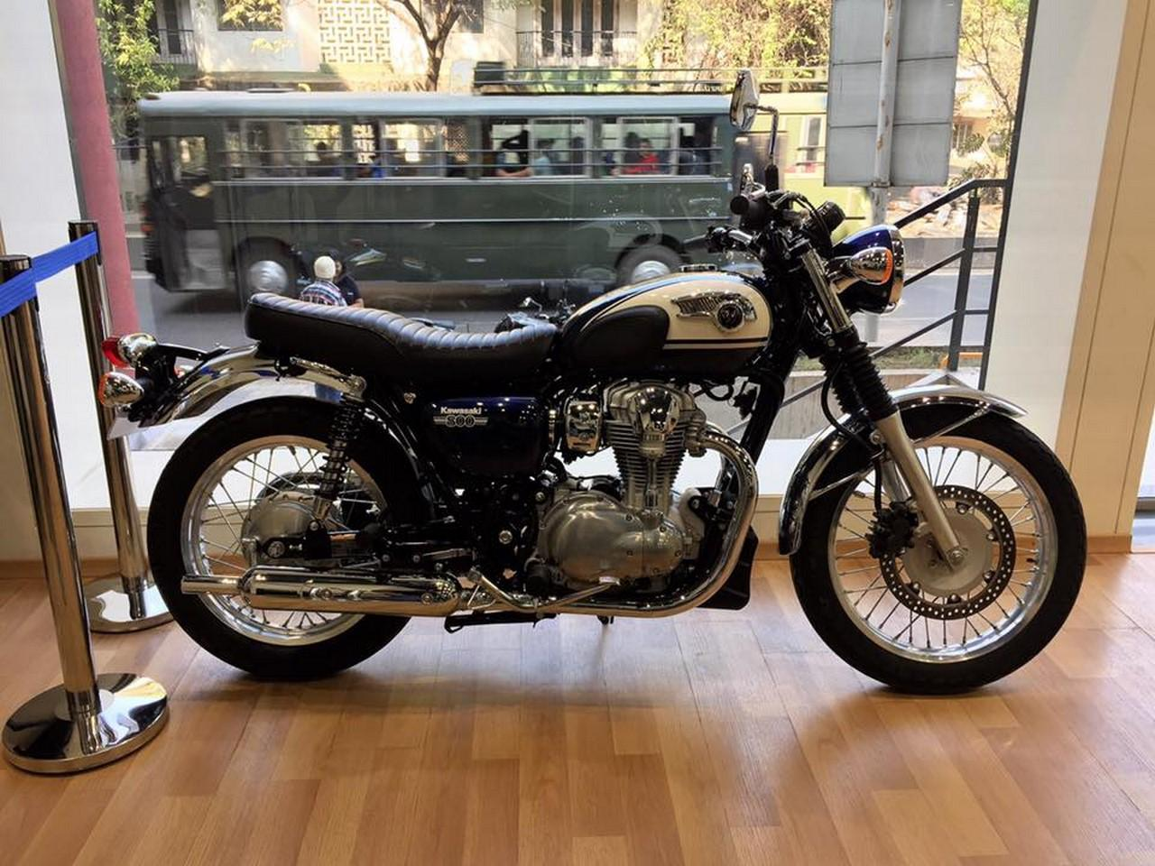 kawasaki w800 displayed in pune to gauge customer response the retro style bike has an attractive old school styling which is enhanced by good attention to detail