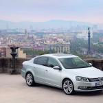 2011 Volkswagen Passat Front