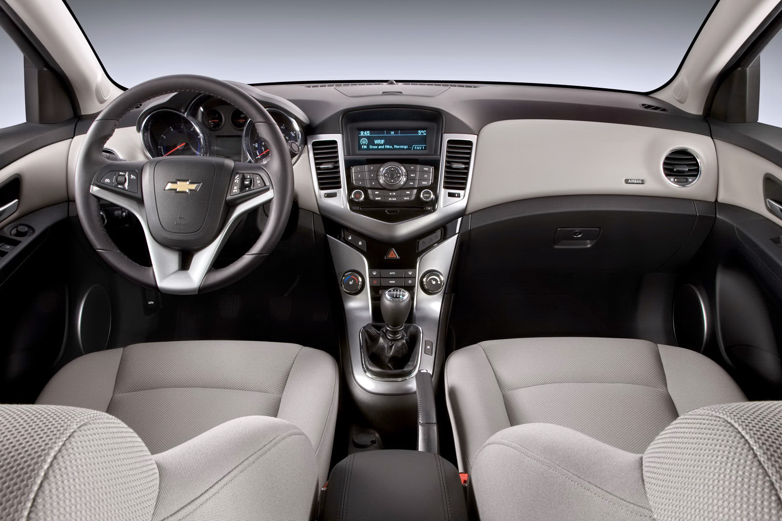 Chevrolet Cruze Eco Interior - BharathAutos - Automobile ...