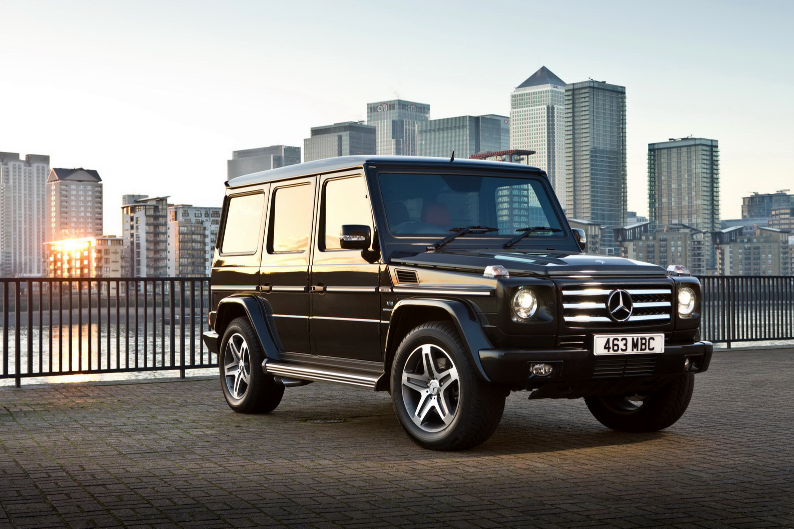 mercedes benz g55 amg suv india launch on valentines day. Black Bedroom Furniture Sets. Home Design Ideas