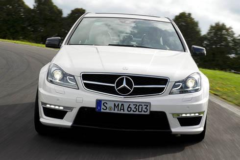 2012-Mercedes-Benz-C63-AMG-1
