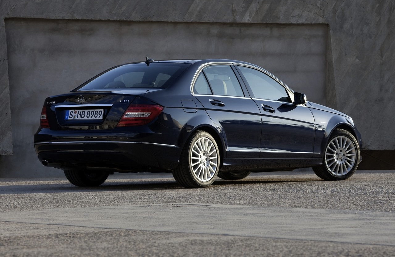 All mercedes benz c class models will feature hybrid for All mercedes benz models
