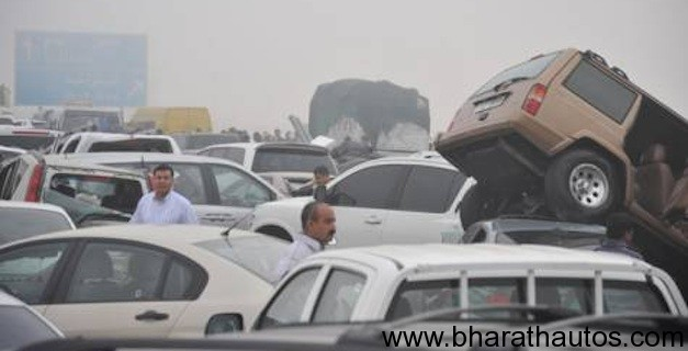 127 vehicle pile-up in Abu Dhabi leaves one dead