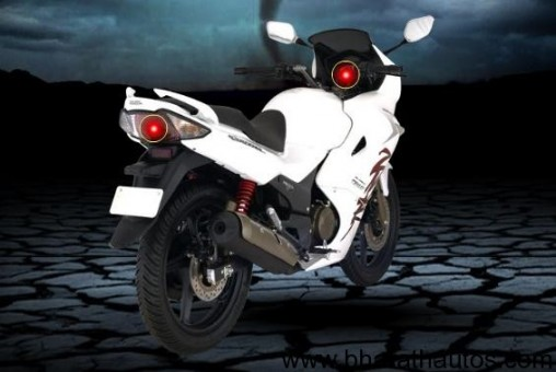 2011-karizma-zmr-rear-white
