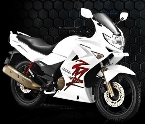 2011-karizma-zmr-side-white