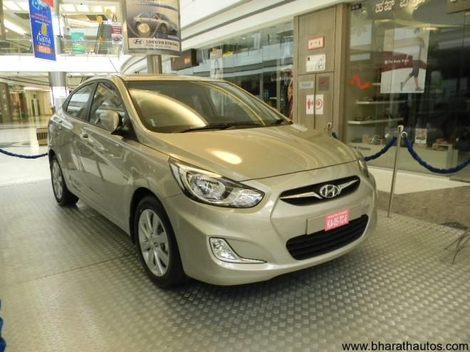 2011 Hyundai Verna SideView