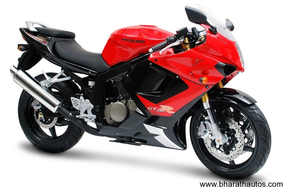 Hyosung To Launch 250cc 400cc Bikes In India By 2012