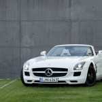 2012 Mercedes-Benz SLS AMG Roadster 001