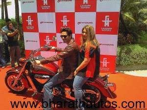 Diya Garware & Arjun Rampal with Hyosung ST7 at launch
