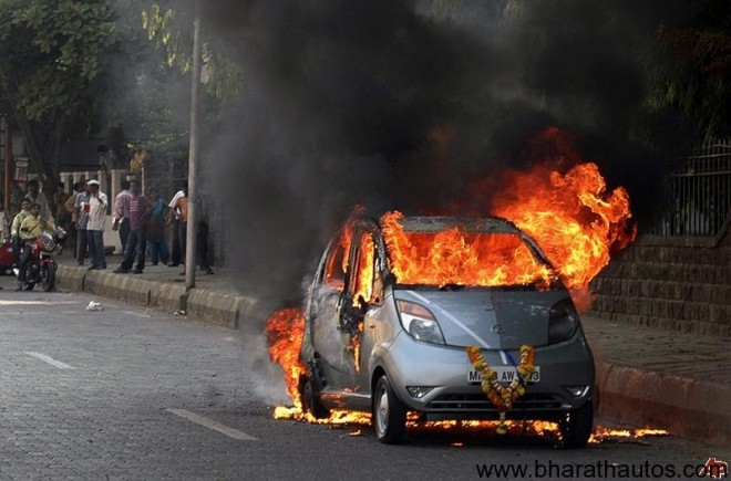 Tata-Nano-fire-investigation-picture