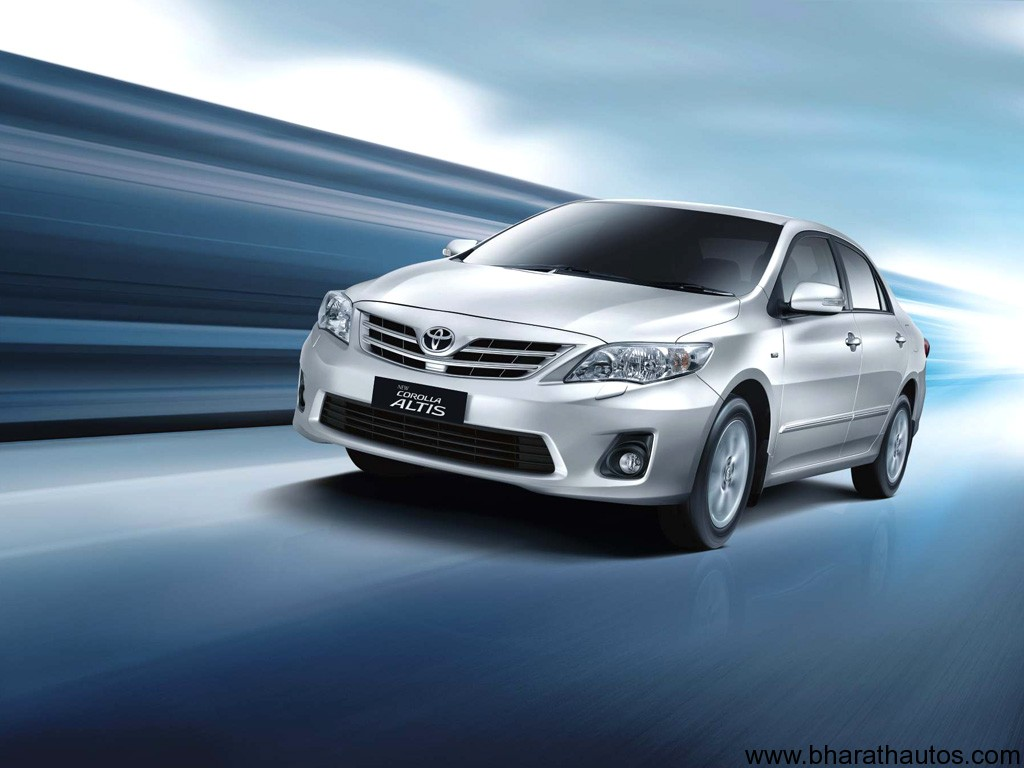 2012 Toyota Corolla Altis Launched In India
