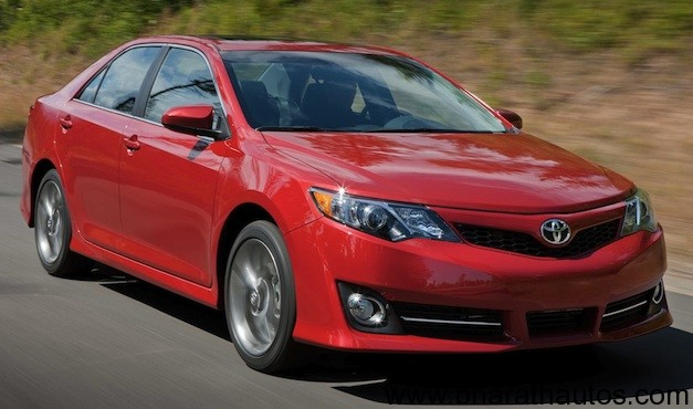 2012 Toyota Camry Unveiled Officially