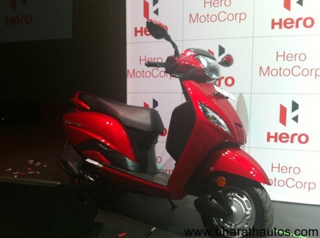 Hero MotoCorp 110 cc scooter 'Maestro' - Front