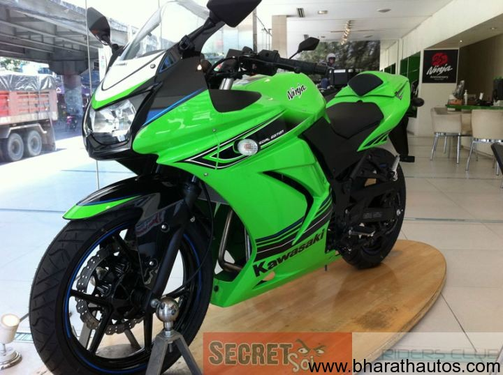 2012 Kawasaki Ninja 250R Special Edition 003