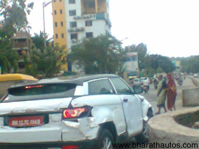 Range Rover Evoque spied in Pune - 002