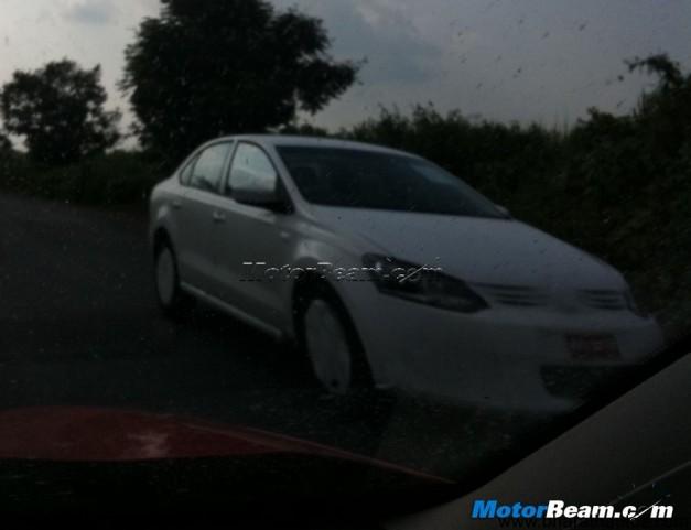 Volkswagen_Vento_Facelift_Spied