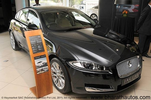 Facelifted Jaguar XF - FrontView