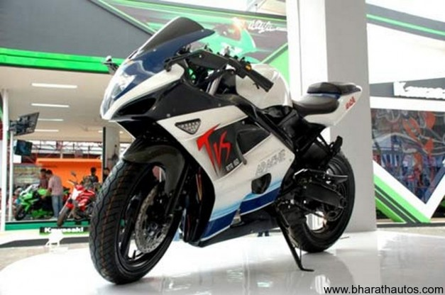 TVS Apache RTR full-fairing showcased in Indonesia - FrontView