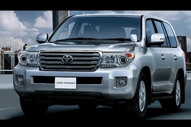 2012 Toyota Land Cruiser facelift - FrontView