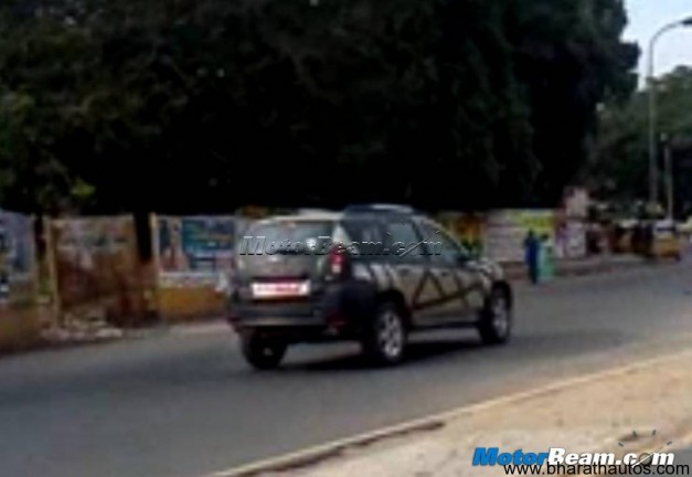 2012_Renault_Duster_Spied_003