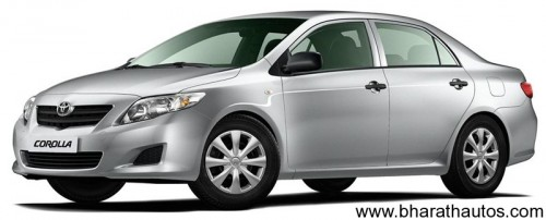 2011 Toyota Corolla Altis spied - FrontView
