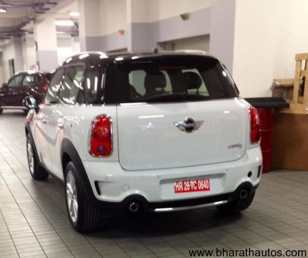 Mini Countryman spied at the BMW dealer in New Delhi