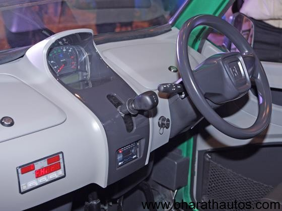Bajaj RE60 - DashBoard
