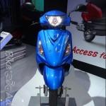 Suzuki Swish 125cc scooter - 001
