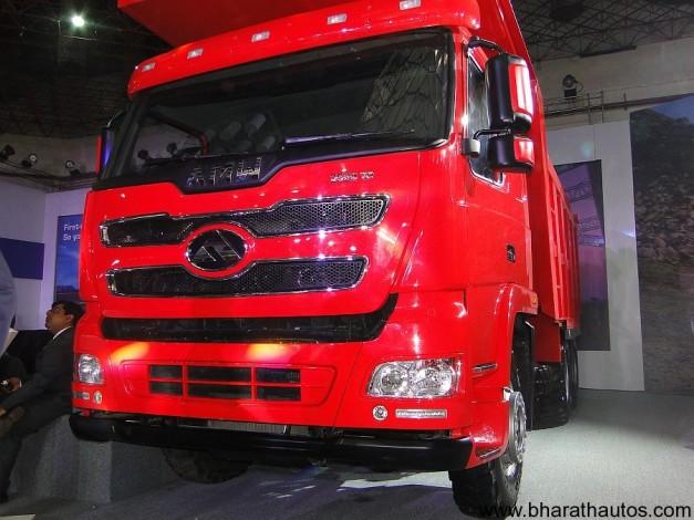 amw-new-generation-2528-tr-tipper-truck