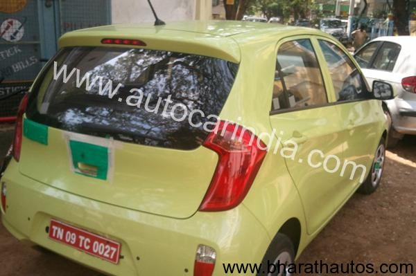 Kia Picanto spied - RearView