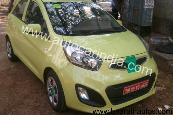 Kia Picanto spied - FrontView