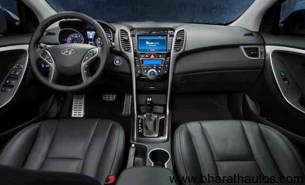 2013 Hyundai Elantra GT Hatchback Interior
