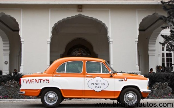 Penguin-Ambassador-in-front-of-a-Jaipur-mansion