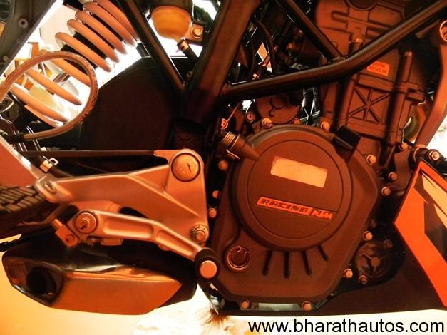 KTM 200 Duke - 005