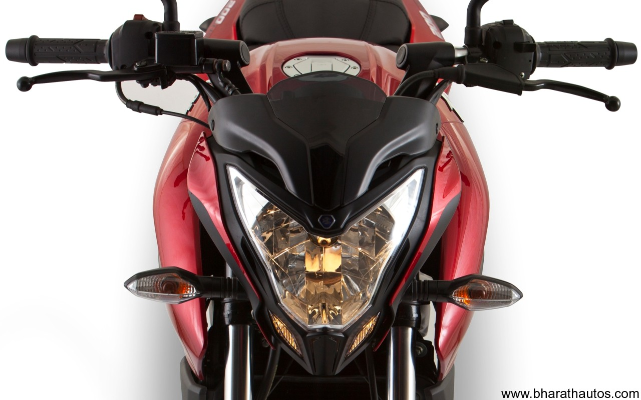 Pulsar 200NS_Headlamp