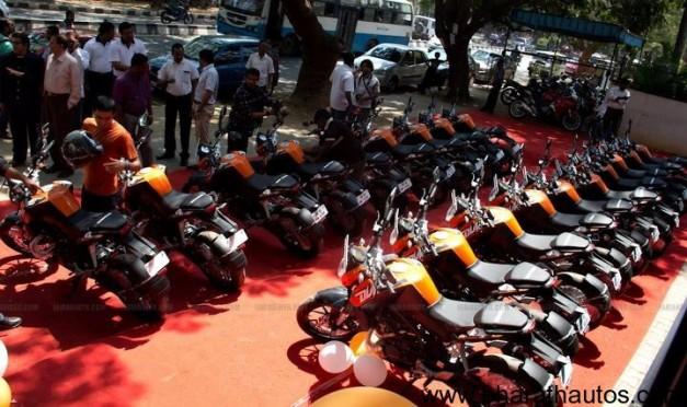 Deliveries of KTM Duke 200 begins in Bangalore - 002